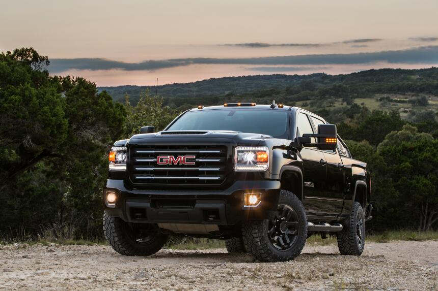 Esta es la nueva GMC Sierra HD All Terrain X  2017-GMC-Sierra-2500HD-All...
