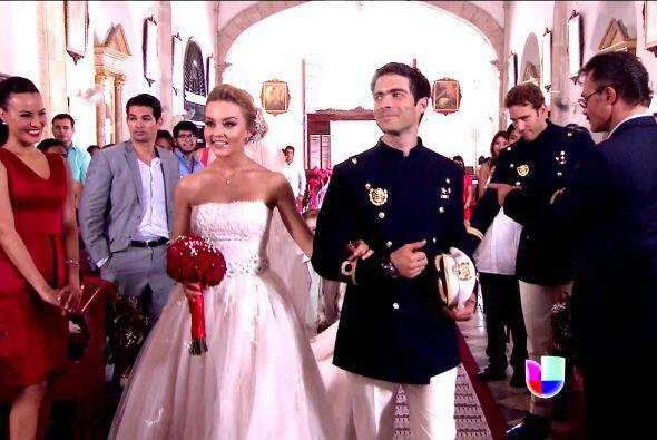 Te pondrías estos vestidos de novia? - Univision