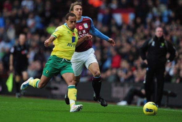 Aston Villa le ganó 3 a 2 al Norwich en un encuentro muy entretenido.