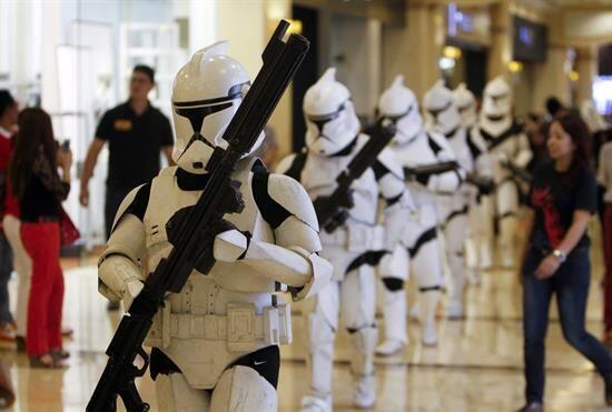 Y ya instalado como el mes Star Wars, la tradición se ha extendido aún m...