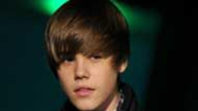 Justin Bieber forma parte de la lista de mujeres más populares de la red...
