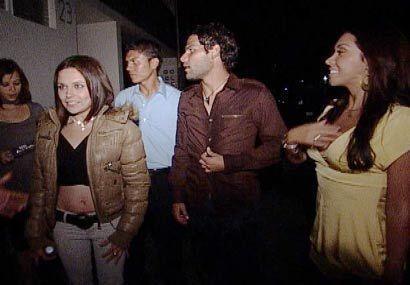 Al final de la noche todos, ellos y ellas, lograron hacer buena amistad.