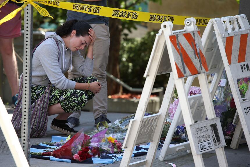 Seis personas murieron y otras siete resultaron heridas luego del colapso.