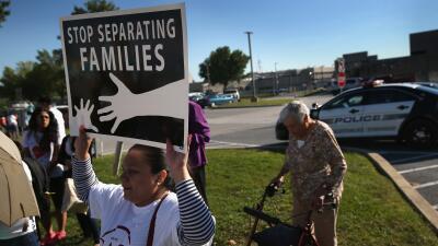 Juan Escalante: López-Cantera debería denunciar la agenda antiinmigrante...