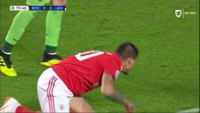 Tiro de esquina para Benfica