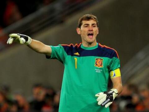 Iker Casillas.- Si bien no ha podido ganarle a Diego López la tit...