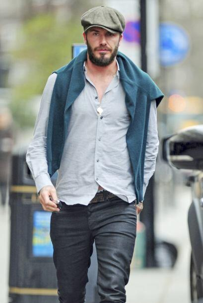 Los paparazzi captaron a David de paseo por Londres, pero no estaba solo.