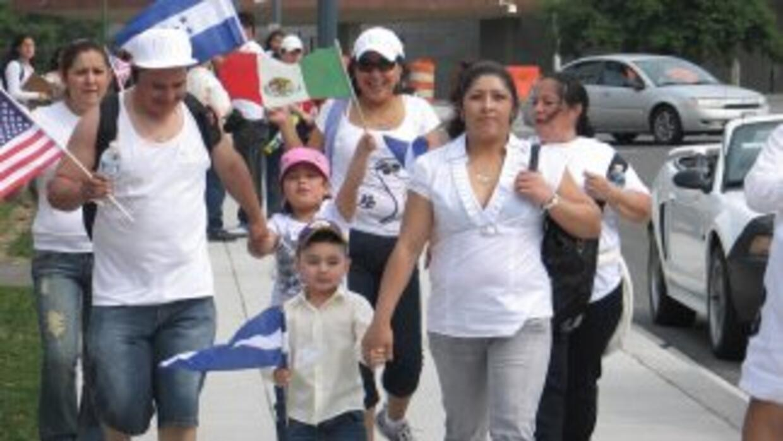 Unos 300,000 indocumentados de El Salvador, Haití, Honduras y Nicaragua...