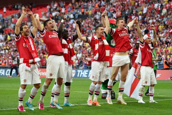 Varios medios filtraron la idea de que el Arsenal de Inglaterra quería h...