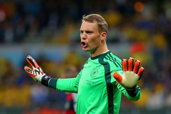 Por último en el Mundial de Brasil jugó los siete partidos que su selecc...