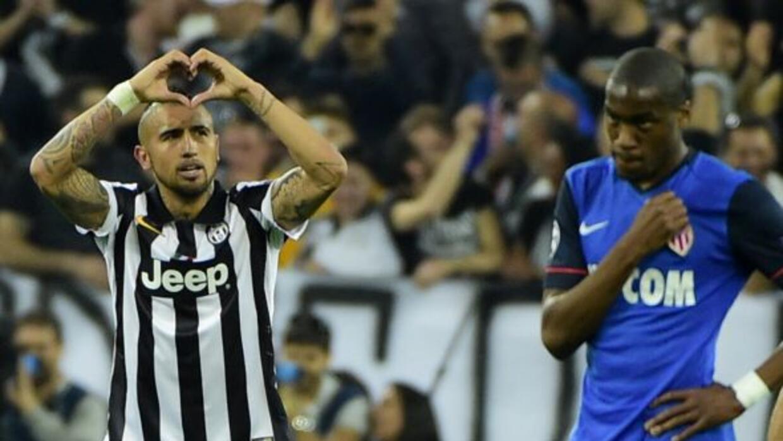 El chilenoArturo Vidal celebra el solitario del de Juventus ante Mónaco.