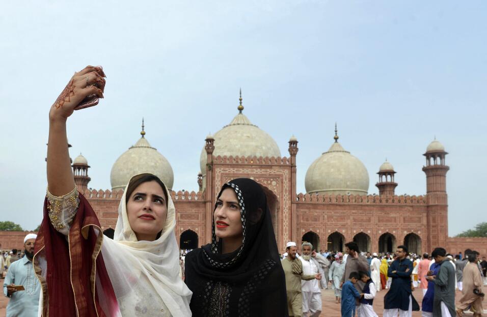Mezquita de Badshahi, Lahore (Pakistán)Para encuadrar bien este tipo de...