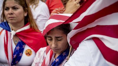 El TPS de El Salvador ampara de la deportación a poco más de 195,000 inm...