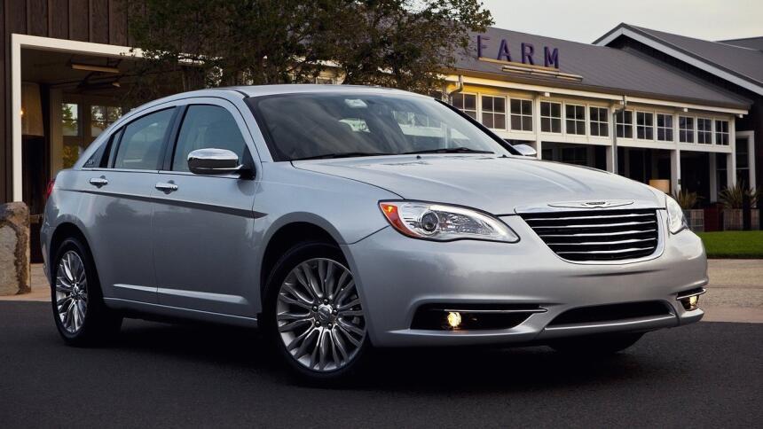 Estos son los autos con el mayor índice de mortalidad en EEUU Chrysler-2...