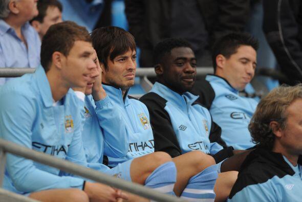 En otro de los partidos, Manchester City recibió al Aston Villa. Los 'ci...