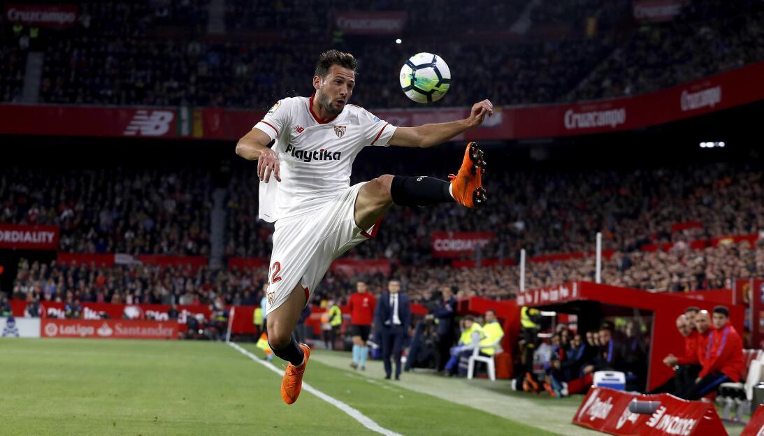 En fotos: Messi rescata a un Barcelona de récord ap-18090713191035.jpg