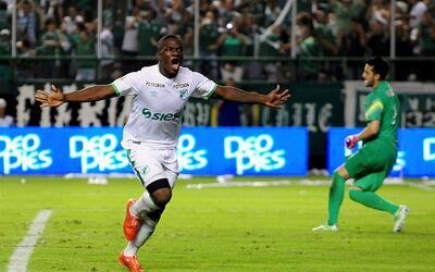 El jugador colombiano intentará apuntalar el ataque escualo.