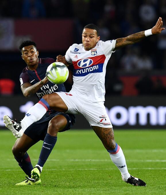 Dos autogoles salvaron al millonario PSG de igualar con el Lyon gettyima...