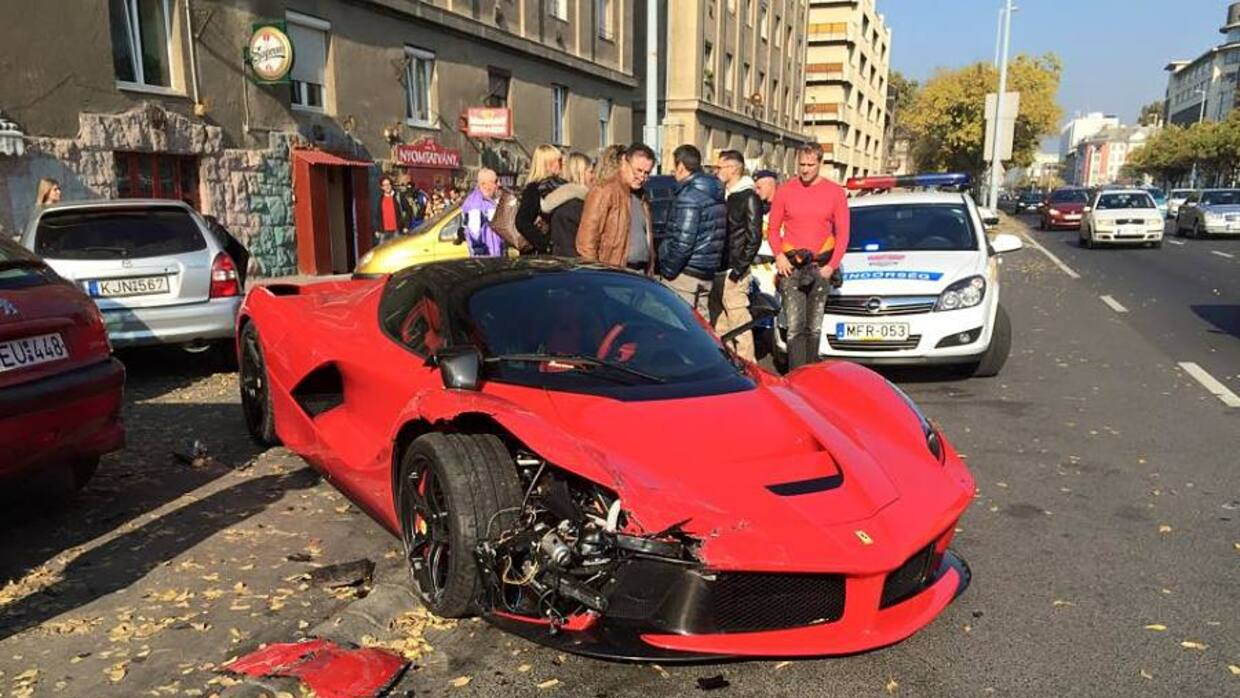 Accidente de un Ferrai LaFerrari en Budapest