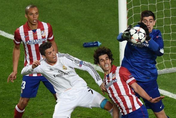 Cristiano Ronaldo buscaba esa oportunidad de hacerse presente en el marc...