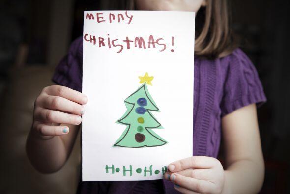 Tarjetas con árboles. La Navidad es el momento ideal para recibir un cál...
