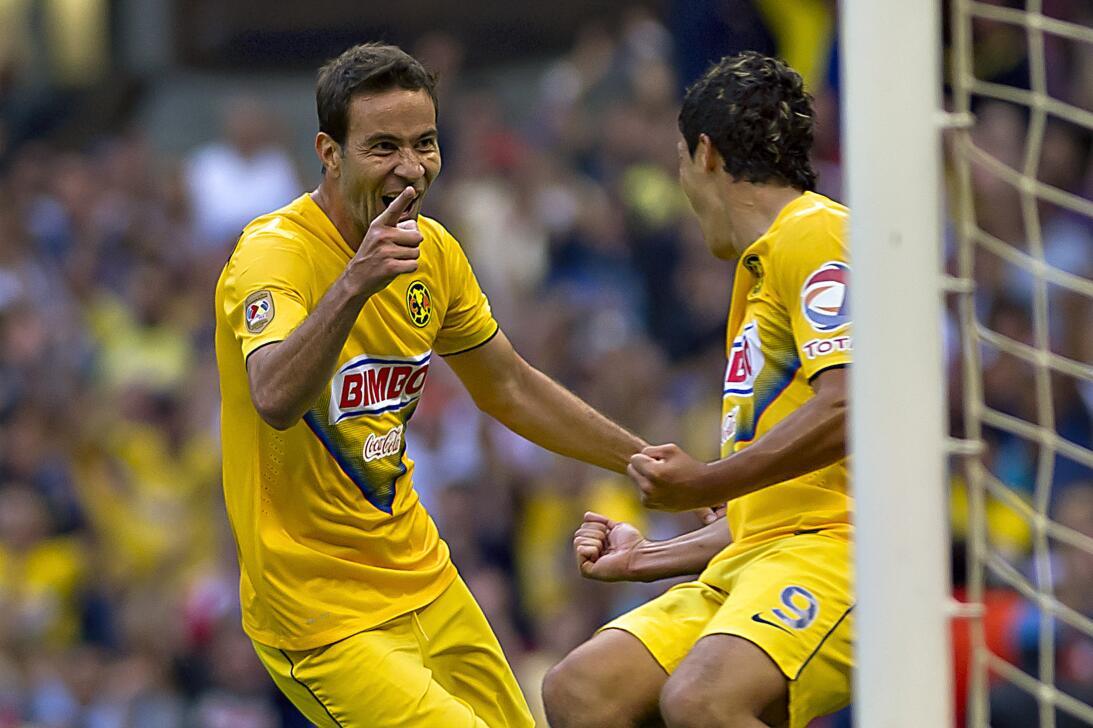 Miguel Herrera, ganador en el Clásico Nacional con América 20131005-903.jpg
