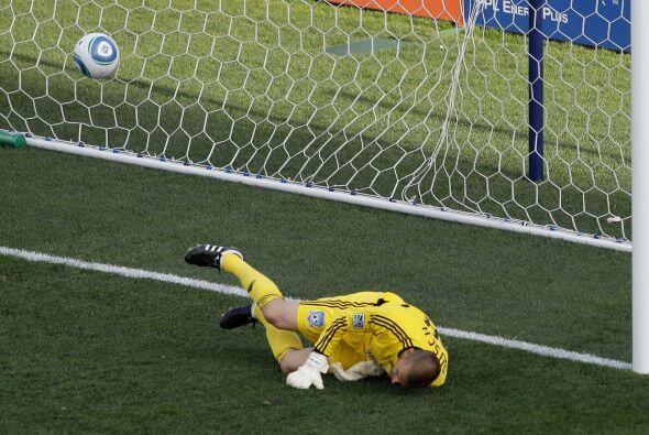 Sebastien Le Toux anotó el único gol del encuentro a los 77 minutos de p...