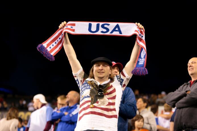 Mira toda la adrenalina que se vivió en el encuentro de EE.UU. contra Co...