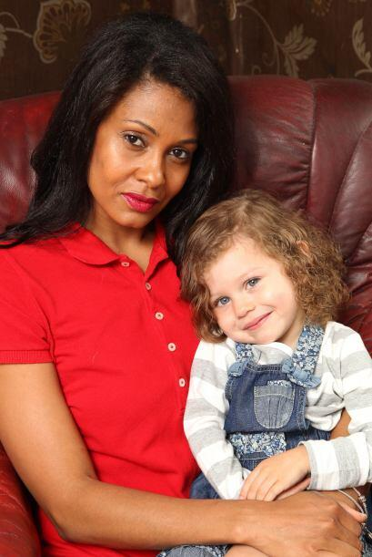 Estuvo casada por ocho años, se embarazó y dio a luz a una niña, con el...