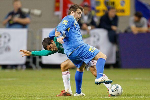 Israel Castro recuperó, ayudó en defensa, le dio circulación al balón y...
