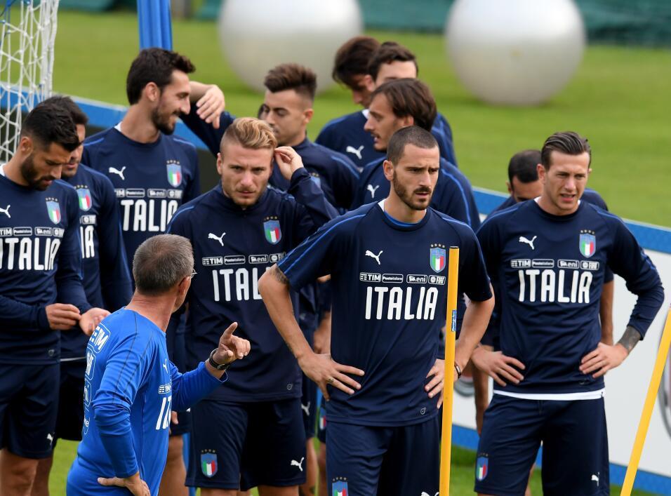 Lorenzo Insigne, Leandro Bonucci, y demás, ya están pensando en los part...