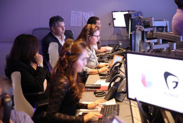 Carime Hernandez (1er centro), Patsy Loris (i), Liz Cotte (Segundo c ),...