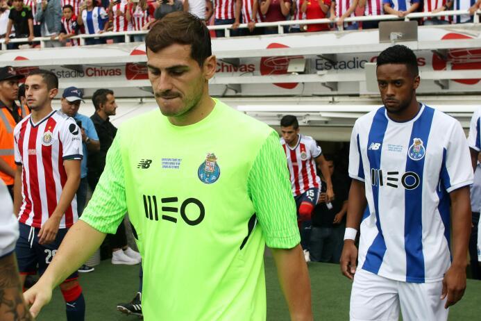 Chivas y Porto empatan con polémico final 20170719_4472.jpg