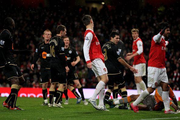 Los 'Gunners' se pusieron al frente gracias a un autogol del paraguayo A...