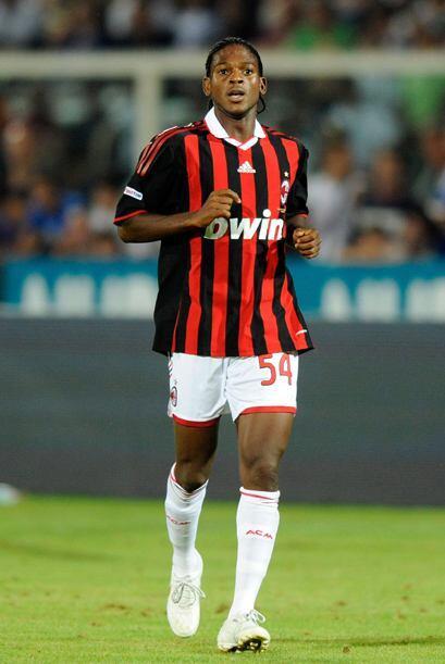 Oguchi Onyewu tiene toda su carrera en Europa, debutó con el Metz...