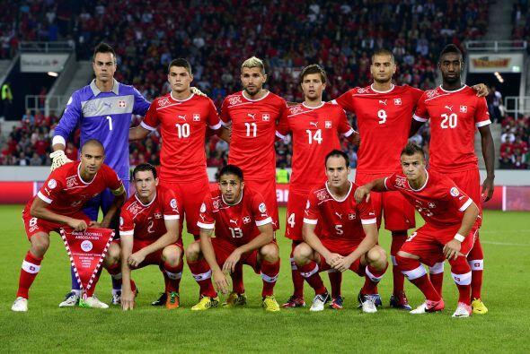 Suiza se presenta a la Copa del Mundo con un equipo plagado de jó...