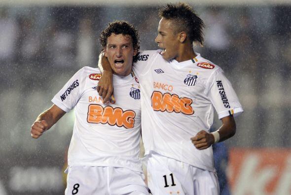 Los dos goles del 1-1 fueron producto de sendos penales. Para el Santos...
