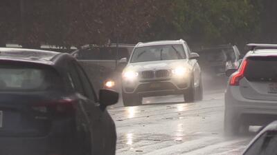 Medidas de seguridad al viajar en auto durante las fuertes lluvias