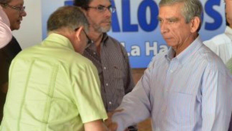 Las delegaciones del gobierno colombiano y las FARC superaron la crisis.