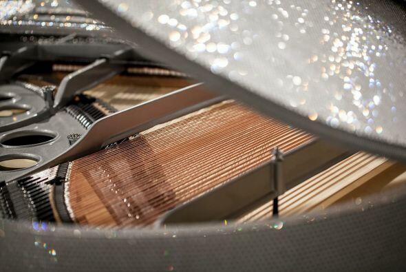El piano fue un pedido realizado por un misterioso Sheikh, quien pidió q...