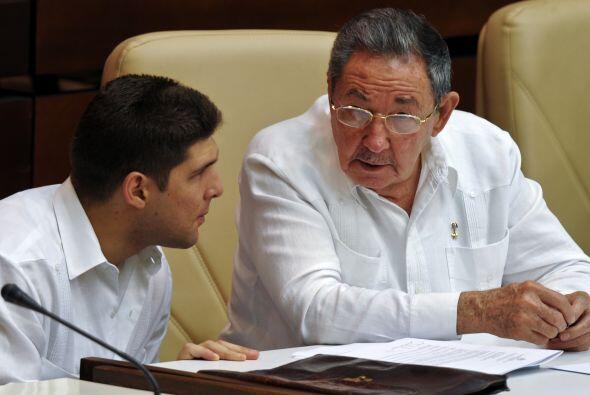 El gobierno de Cuba decretó que la guayabera, una de las prendas...