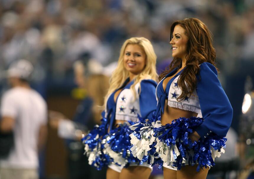 Las cheerleaders de los Dallas Cowboys cautivaron en Día del Pavo, Checa...