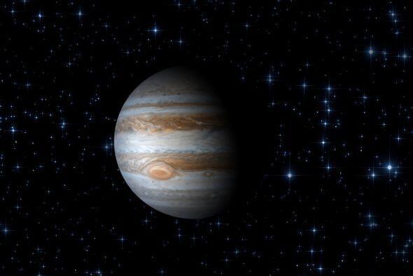 Júpiter es el quinto planeta del Sistema Solar y el mayor de todos, el q...