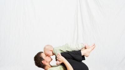 Practica yoga con tu bebé