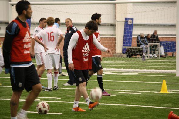 La selección Argentina entrenó bajo techo en New Jersey de...