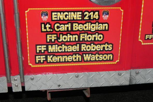 Carro bombero recuerda a sus caídos el 9/11 28fdc209e7564f35a1e52d3cfe9e...