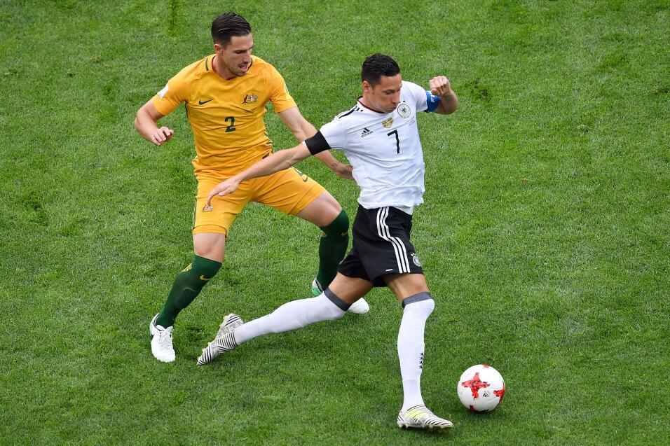 Alemania sufre, pero vence a una aguerrida Australia GettyImages-6976698...