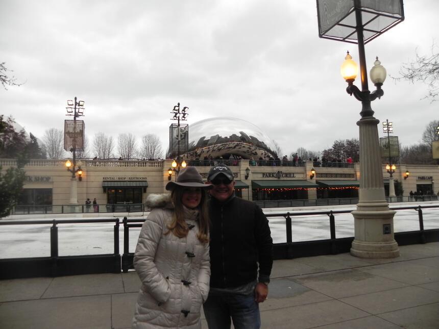 Renzo y Maria Esther visitaron la ciudad y suburbios de Chicago DSCN7434...