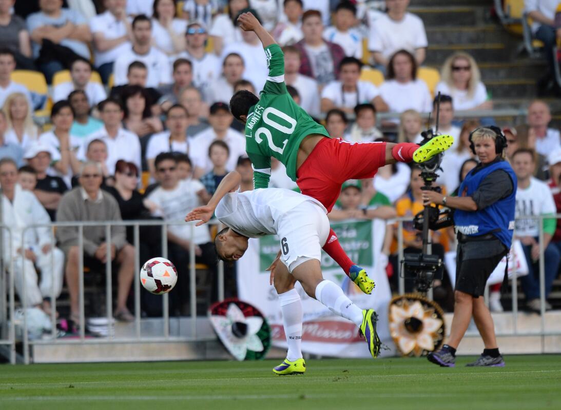 La lesión Néstor Araujo recuerda la del 'Chapito' Montes en 2014 2013111...
