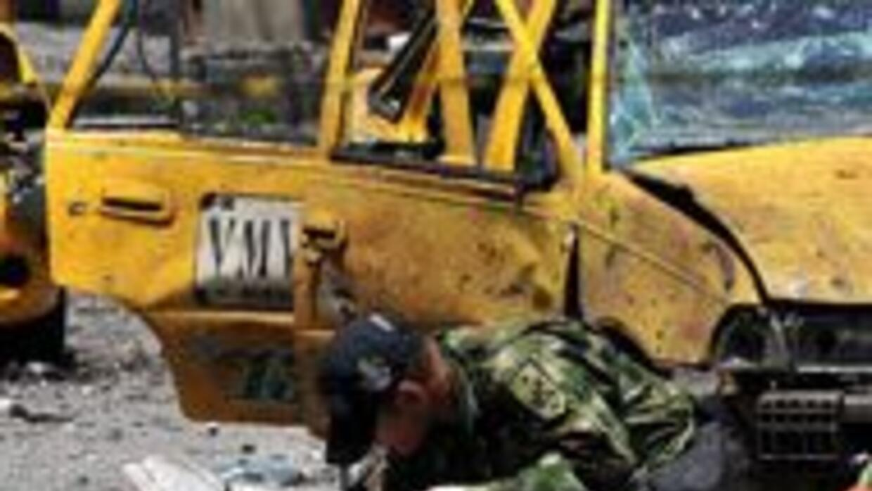 Murió niño que llevaba explosivo de FARC ce593156cb0743edb510f28c6a371d7...